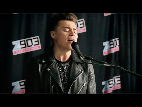 """Shawn Hook Performs """"Million Ways"""" Live At The Z90 Studios"""