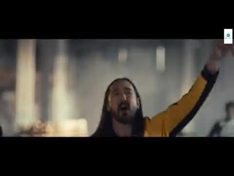 steve-aoki---why-are-we-so-broken-feat.-blink-182.-by-heyaa-music