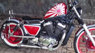 Video Suzuki Intruder 400 Bobber Chopper Custom by Crumble Machine Motorcycles Garage download MP3, 3GP, MP4, WEBM, AVI, FLV Mei 2018