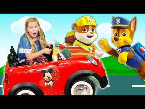 PAW PATROL Nickelodeon Assistant Rescues Rubble + Chase + Skye Race Video