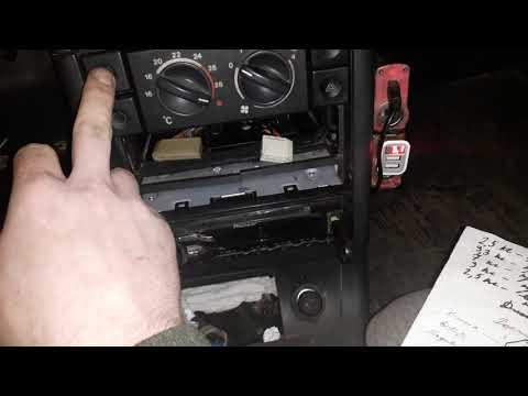 Бортовой компьютер ВАЗ 2110-2111-2112.Улучшение цепи питания вольтметра на штатном БК.
