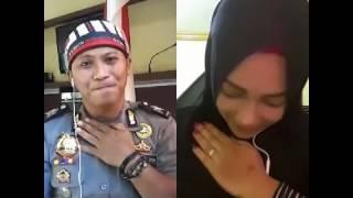 Download Video Hijab rocker cantik feat polisi rocker-JANGAN PISAHKAN-Smule sing MP3 3GP MP4