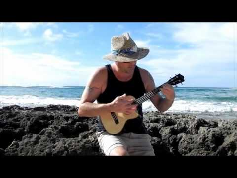 Opihi Man Ukulele Jamming at Kulima Point Oahu Hawaii.wmv