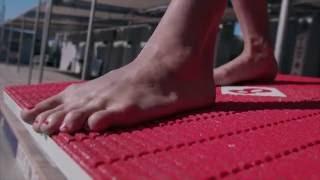 Oatly feat. Sarah Sjöström - Is that her feet?