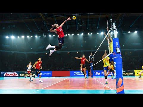 Crazy 382cm Vertical Jump   Benjamin Patch   Best Jumper In The Volleyball World (HD)