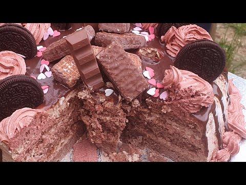 recette-layer-cake-kinder-||-gâteau-d'anniversaire-très-coloré