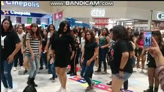 ||Kpop random dance in public, Pt 1||