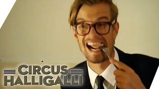Circus HalliGalli Aushalten: Das grosse Fressen Teil 1 | ProSieben thumbnail