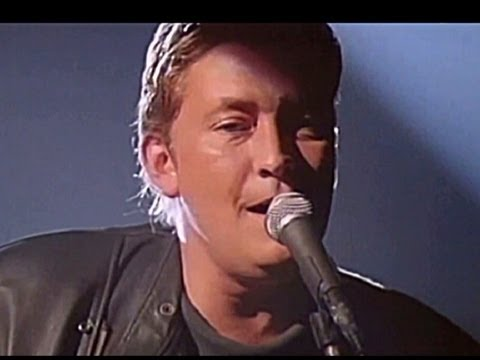 Chris Rea - I Can Hear Your Heartbeat 1988 Video Sound HQ