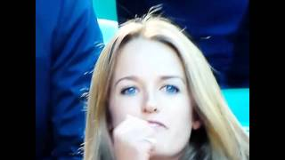 Andy Murray's Fiance's Passionate Serve at Czech Opponent Tomas Berdych
