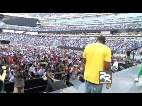 "Gucci Mane Performs "" Wasted "" at HOT 97's Summer Jam 2010"