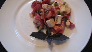 Салат из помидора и перца с сыром фета и базиликом//Pomidory i papryka z serem feta