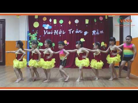 Lớp lá Trường Mẫu Giáo Việt Mỹ VASS nhảy Aerobic: Rước đèn tháng 8