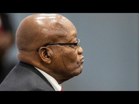 El expresidente sudafricano, Jacob Zuma, comparece por primera vez ante la justicia por corrupción