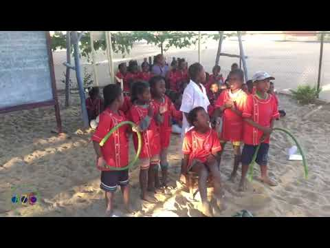 Spectacle : Alouette, gentille alouette  | Association Azé, Tuléar, Madagascar