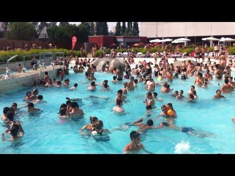 canicule la piscine des atlantides complte