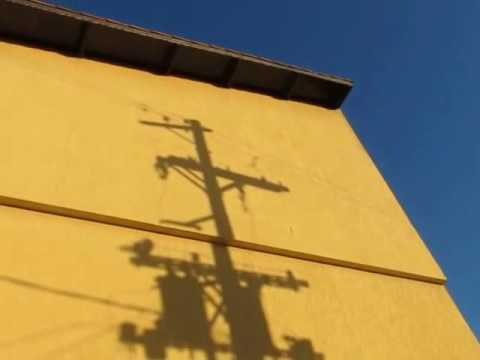 PAREDE EM BLOCOS PRATICA ECONÔMICA ' WALL BLOCKS IN ECONOMIC PRACTICE '