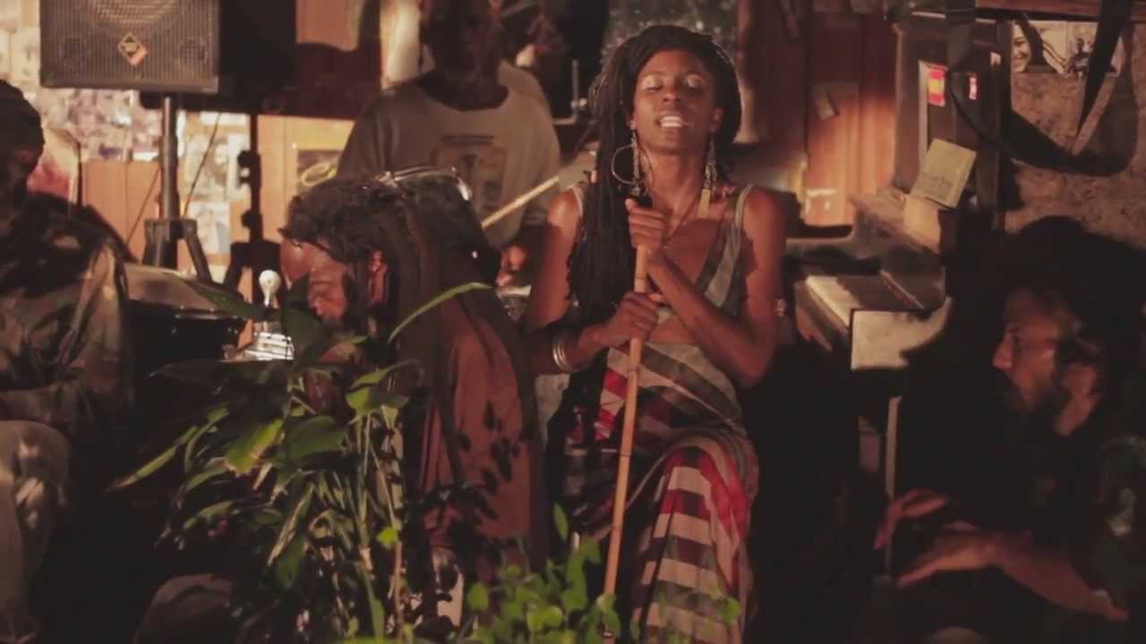 jah9-steamers-a-bubble-official-video-shamala-hit-bound-records-jah9