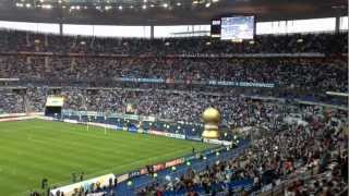 Finale coupe de la ligue 2012 Lyon Marseille - bataille de chants entre supporters