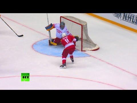 Владимир Путин вышел на лёд в гала-матче Ночной хоккейной лиги