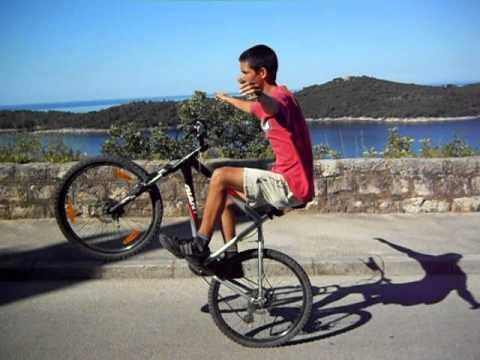 Longest No Handed Wheelie On A Mountain Bike 03 20 25 Min Sec