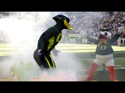 Meet Mandrake, the Oregon Ducks
