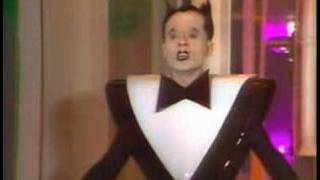 Klaus Nomi - Cold Song - Deneuve