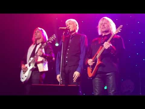 Dennis DeYoung Styx Mr Roboto  Tiffin Ohio October 1 2016