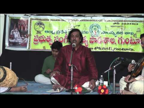 Sri. Modumudi Sudhakar's concert at Govt.School of Music and Dance,Guntur Part I