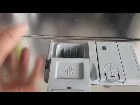 Посудомоечная машина встраиваемая Indesit DIF 04B1