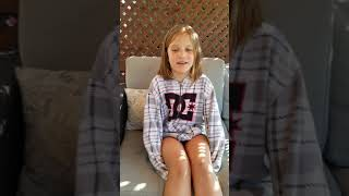 8 year old Jade sings Old Town Road.....sorry for the dude doing roofing in the background haha