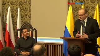 Download Video Miroslav Klose mówi po polsku / wizyta w Opolu MP3 3GP MP4