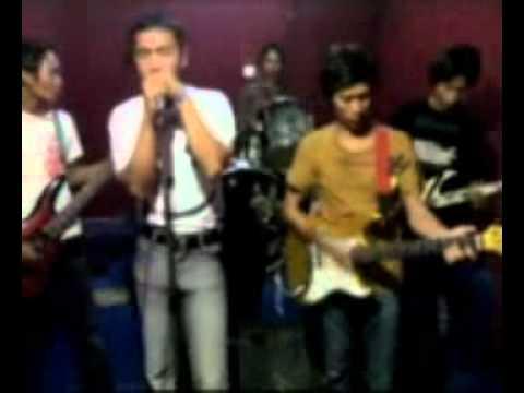 Valent Band Pamekasan - Karna Dustamu