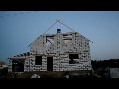 Мансарда,Крыша. первые стропила домиком
