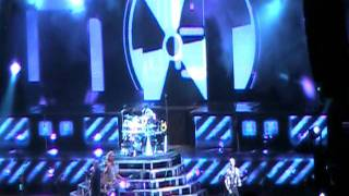 "Def Leppard ""Gods of War"" Live 2011"