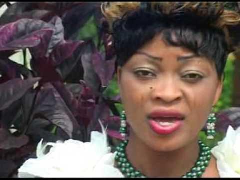 Pauline Toyetonde alias  Echo divin( yin non flin azan) Bénin