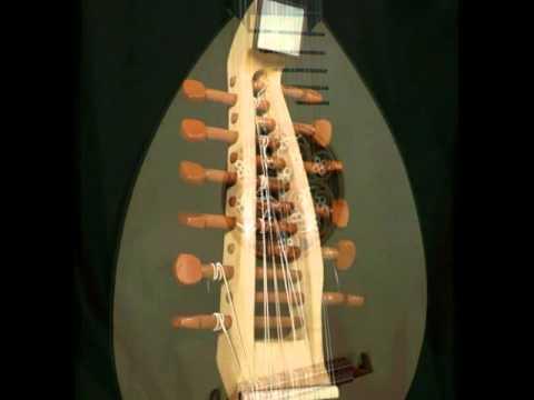 Albert & Mueller Baroque Mandolin at Dream Guitars