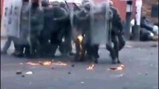 Bomba molotov prende a guardia nacional en Tachira-Venezuela