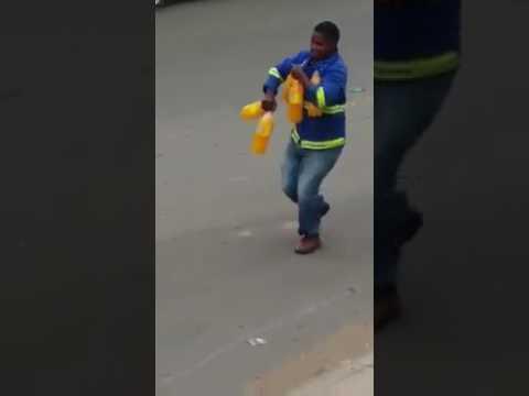 Community members loot truck in Butterworth