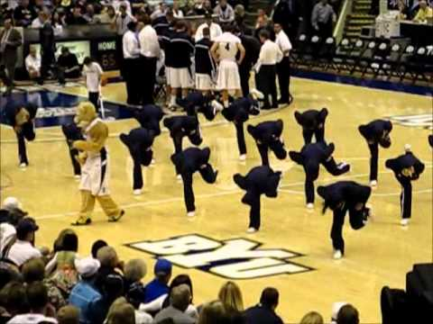 BYU Wyoming Basketball Game - Cosmo and the Cougarettes at Halftime