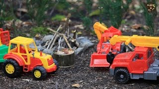 Мультик про машинки. Трактор, экскаватор и кран собирают грибы. МанкитуМульт(Детский мультик с игрушками машинками. Мультфильм сказка. Также на канале Манкиту смотрите: https://youtu.be/gnL2JmJUhw..., 2016-09-12T04:01:42.000Z)