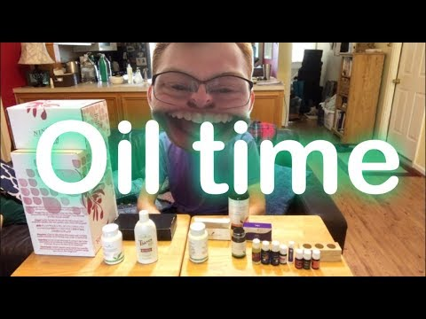 young-living-essential-oil-rewards-for-august-2018-|-unboxing-video