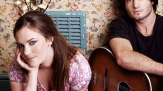 Angus and Julia Stone - Silver Coin (lyrics)