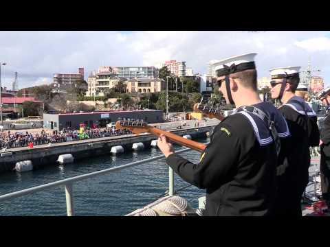 V20150452 - HMAS Anzac Returns