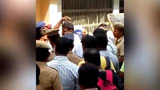 Photographers allegedly attacked by crew of Rajinikanth