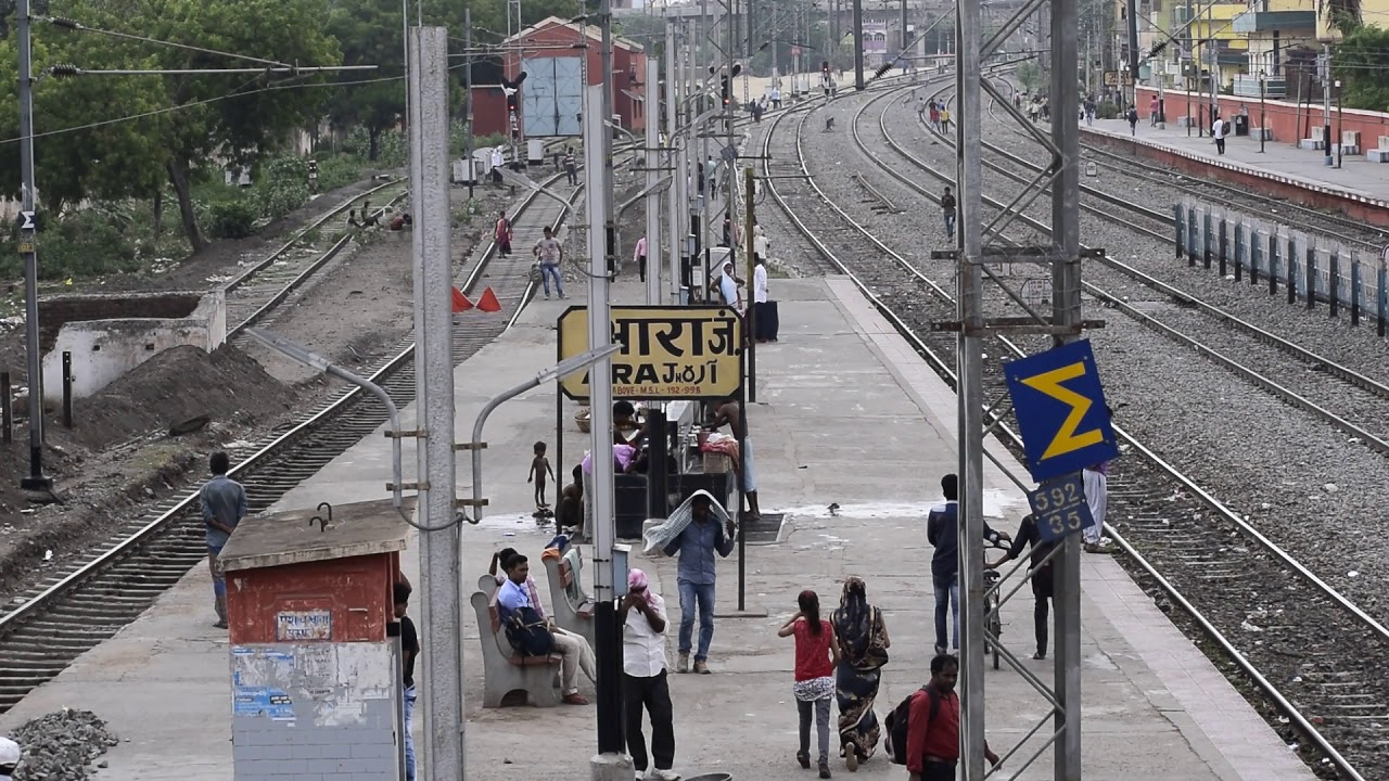 top brands classic shoes clearance sale Ara Junction Bihar hd Video    Ara Railway Station - YouTube