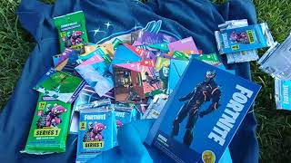 Fortnite Trading Cards, Round 12! Another Mega Box with an Epic Legendary Cracked-Ice Foil!