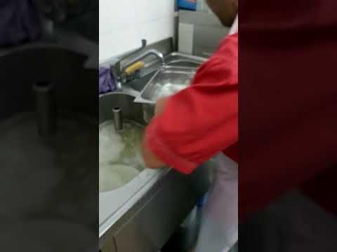 Lavapiatti si vola