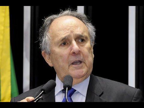 Cristovam Buarque lamenta veto à previsão de recursos na LDO para o Plano Nacional de Educação