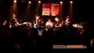 HITCH & GO - Josie (Blink 182) @ Punk Rock Meeting 2, Québec City QC - 2018-11-17